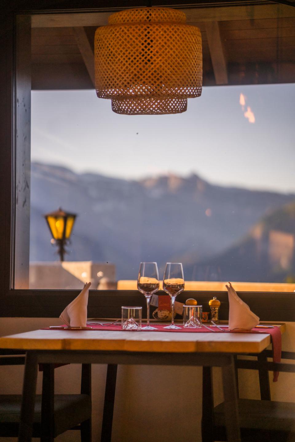 Vue depuis la table du Restaurant Le Vieux Chalet à Nendaz